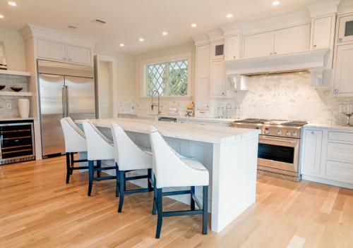 104-Lewis-kitchen-stagebydesign