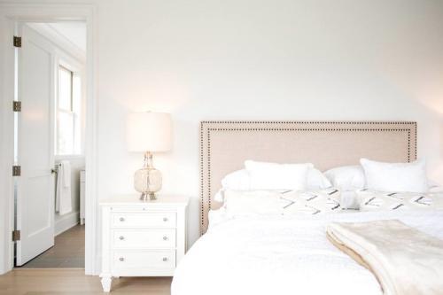 bedroom-StageByDesign